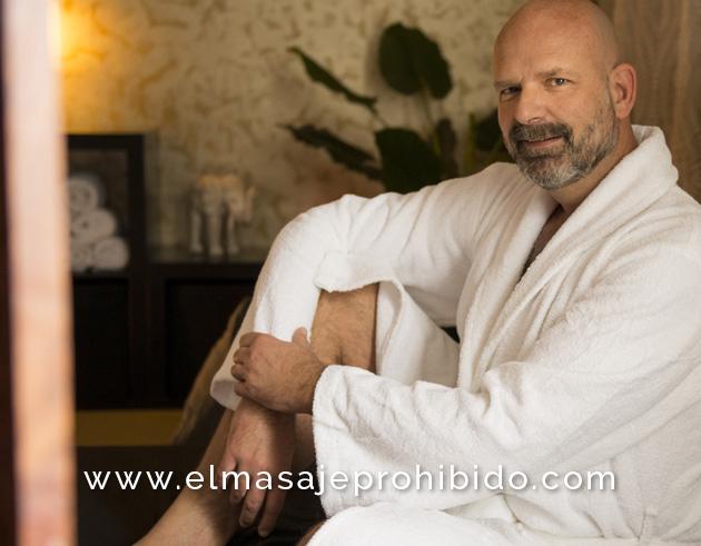 Sofage sofa massage